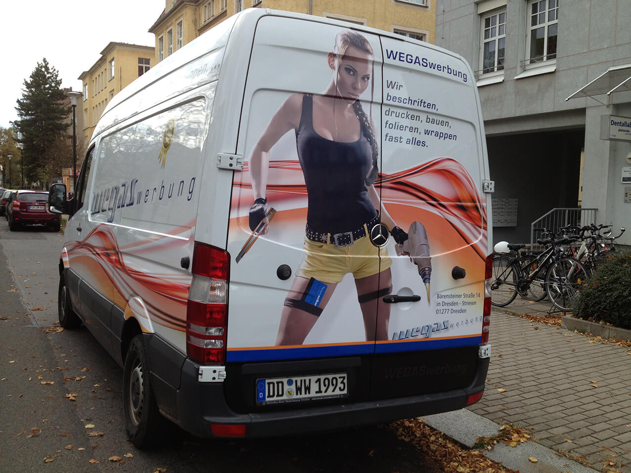Aufkleber car wrapping klebefolie orafol ra print for Klebefolie billig
